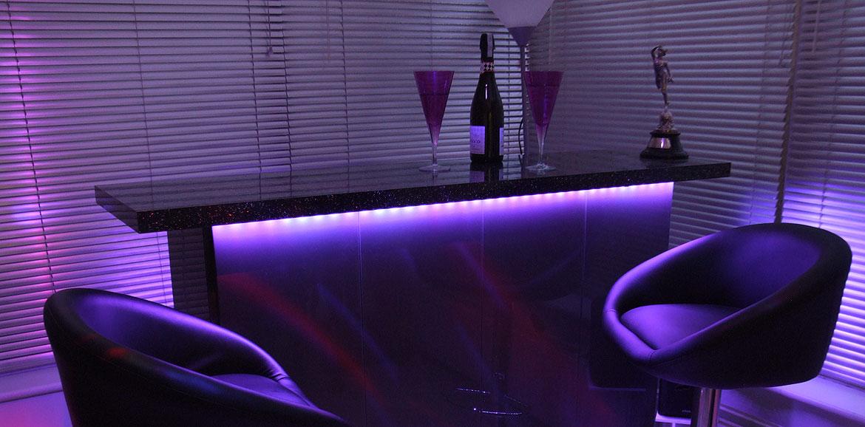 home bar neon