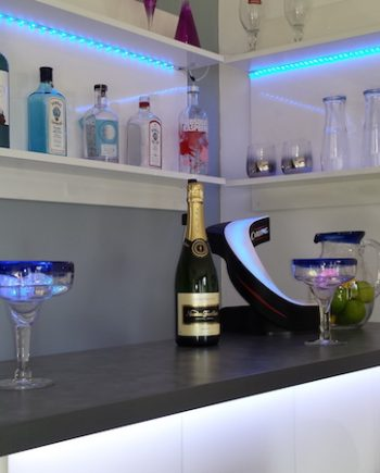 Home_Bar_White_Shelving